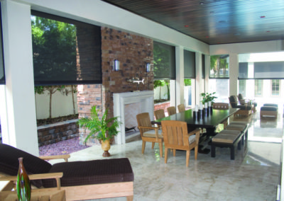Motorised Outdoor Blinds - Alfresco Eating Area